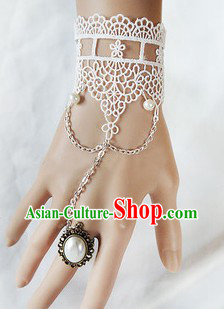 Chinese Classical White Hand Accessories