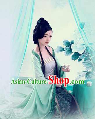 Ancient Chinese Tang Dynasty Green Lady Clothes
