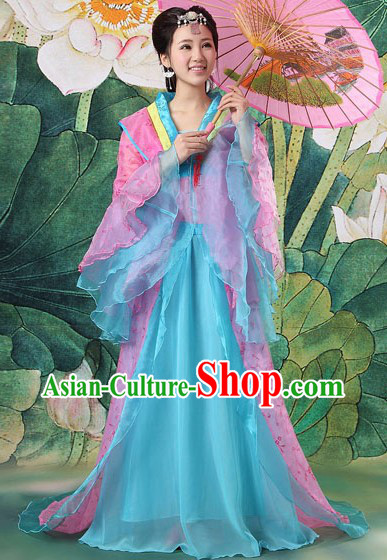 Ancient Chinese Spring Clothing and Umbrella for Women