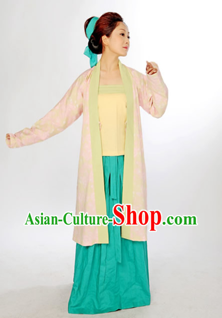 Ancient China Civilian Robe Costume and Headpiece for Women