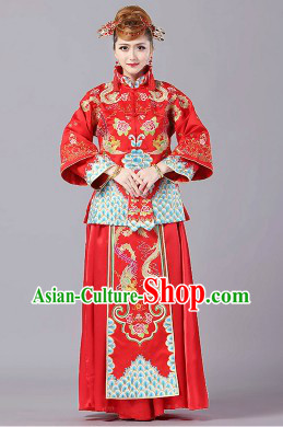 Traditional Chinese Red Wedding Dress Outfit for Brides