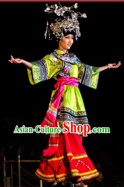Traditional Chinese Miao Clothing for Women