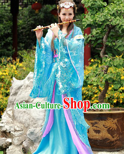 Traditional Chinese Tang Dynasty Clothes and Hair Accessories for Women