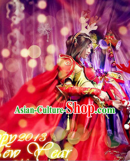 Ancient Chinese Style Red New Year Cosplay Costume with Long Cape