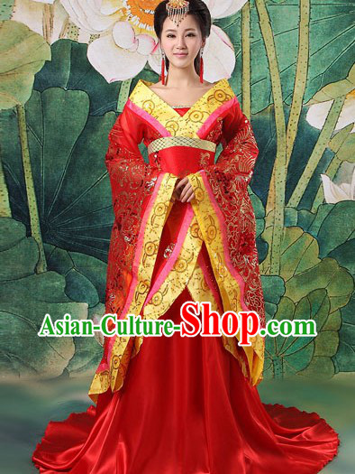 Chinese Red Wedding Outfit and Headdress for Brides