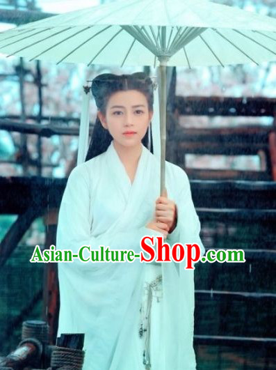 Ancient Chinese Pure White Dragon Lady Costume and Umbrella