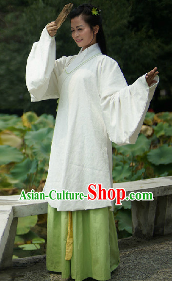 Ancient Chinese Ming Dynasty Clothing for Girls