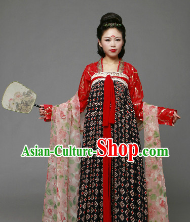 Traditional Chinese Tang Dynasty Clothing and Fan Complete Set
