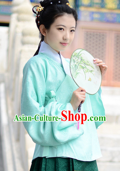 The Chinese Ming Dynasty Clothing for Women