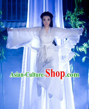 Ancient Chinese White Costumes for Ladies