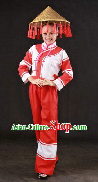 Traditional Chinese Maonan Clothes and Hat for Women