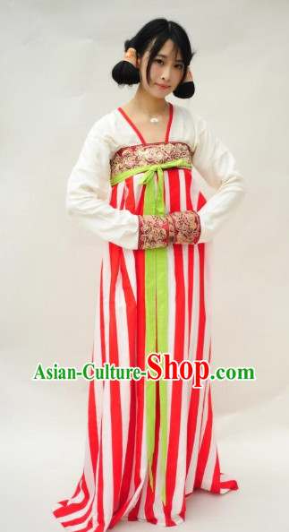 Tang Dynasty Clothing for Women
