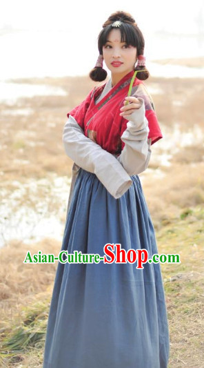 Han Dynasty Female Traditional Clothes