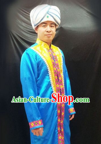 Traditional Indian Clothes and Hat for Men
