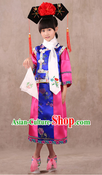 Qing Dynasty Princess Dresses and Headwears for Children