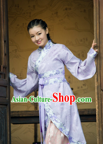 Traditional Chinese Long Clothes for Girl