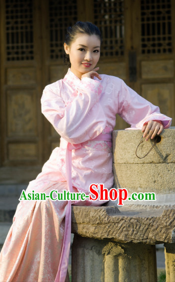 Traditional Chinese Pink Quju Dresses for Women