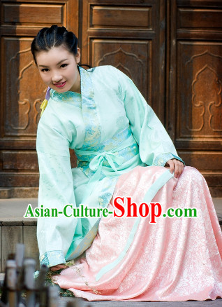 Traditional Clothing of the Han Chinese