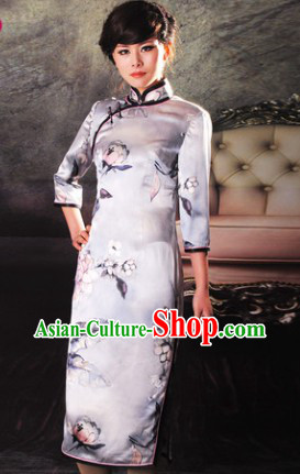 Traditional Chinese Silk Long Cheongsam for Women