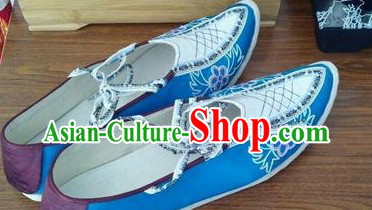 Chinese Opera Blue and White Shoes