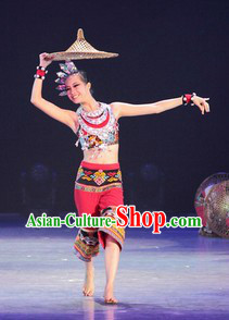 Li Xiang Ethnic Minority Dance Costumes and Hat