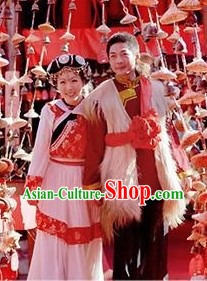 Chinese Naxi Ethnic Minority Wedding Outfit and Hat for Brides and Bridegroom