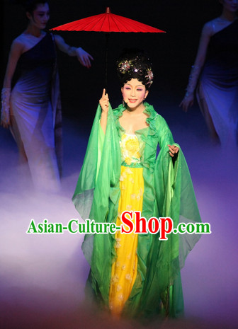Green Ancient Beauty Long Trail Costume and Umbrella Complete Set