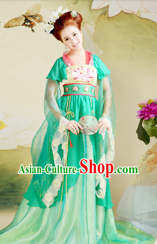 Ancient Chinese Tang Dynasty Princess Clothing and Hair Accessories Complete Set