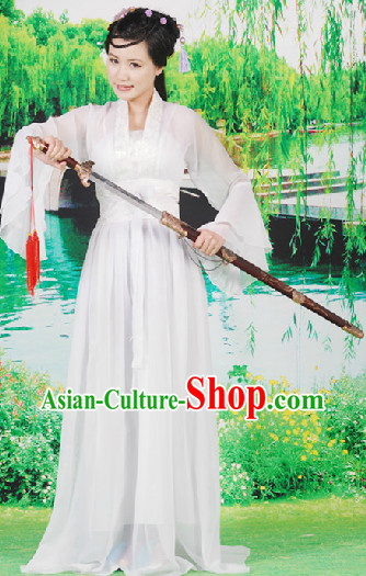 White Lady Simple Hanfu Suit