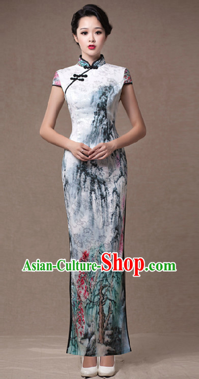 Traditional Chinese Wash Drawing Cheongsam for Professional Koto Performance