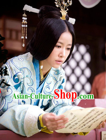 Ancient Chinese Princess Phoenix Embroidered Clothes and Hair Accessories Complete Set