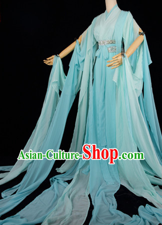 Traditional Chinese Sky Blue Hanfu Dresses with Long Tail
