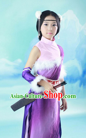 Ancient Chinese Archer Costumes and Hair Decorations for Children
