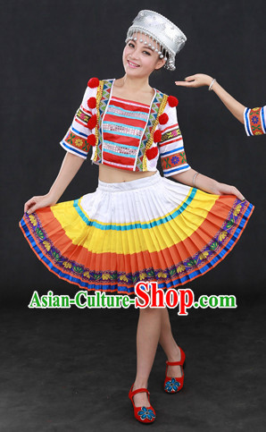 Chinese Folk People Ethnic Clothing and Hat Complete Set
