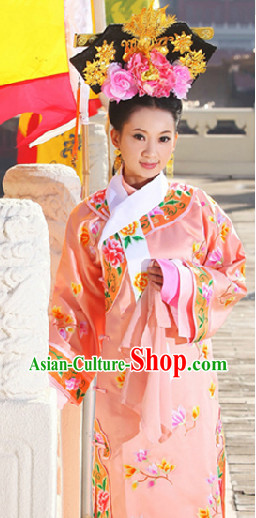 Qing Princess Embroidered Clothes and Headwear Complete Set