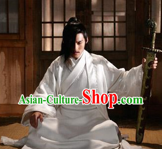 Pure White Ancient Chinese Swordwoman Clothes