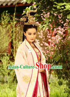 Traditional Chinese Empress Clothes and Hair Accessories