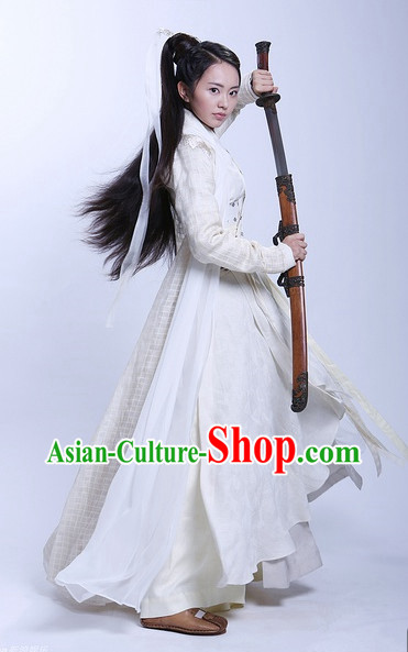 traditional asian clothing