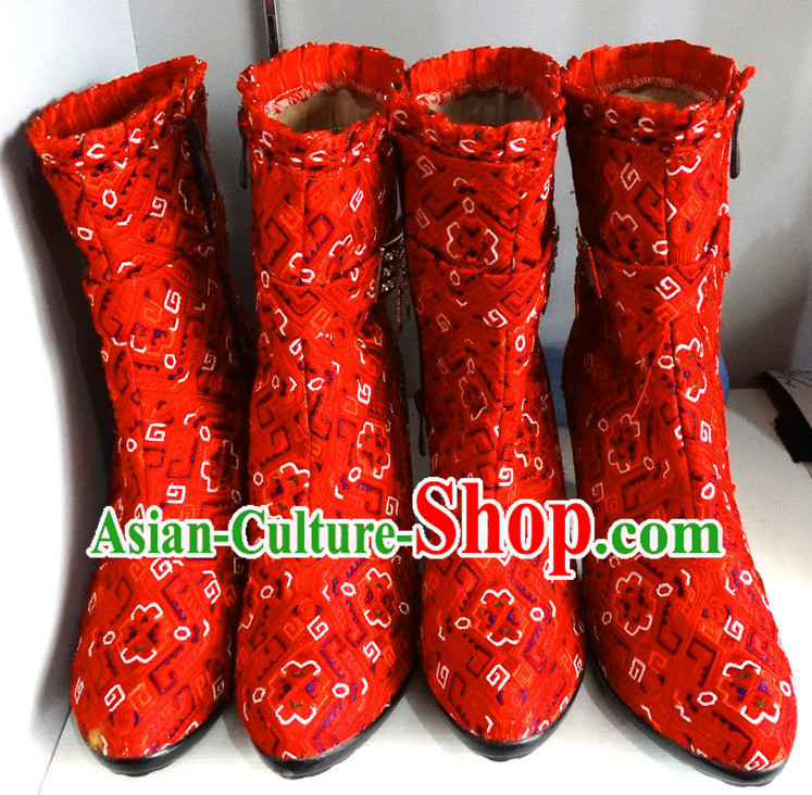 Traditional China Miao Ethnic Embroidery Red Boots for Women
