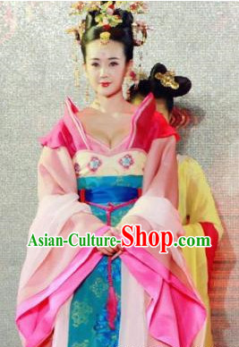 Tang Dynasty Princess Costumes and Hair Accessories