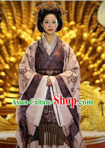 Chinese Traditional Queen Costumes and Hair Accessories