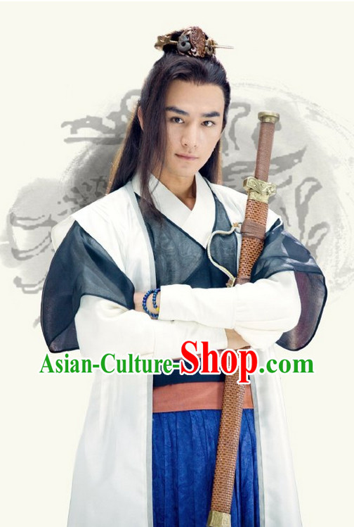 China Traditional Hanfu Clothes and Hat for Men
