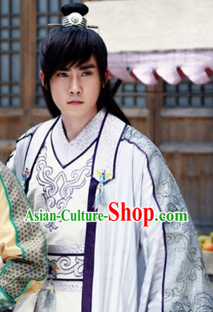 China Ancient Youth Hero Clothes and Headwear for Men