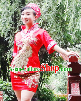China Miao Minority Ethnic Clothes for Women