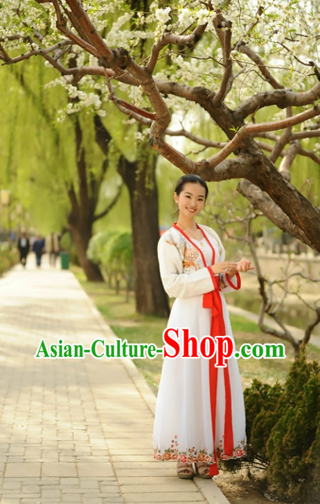 China Classical Lady Hanfu Suit with Red Trim