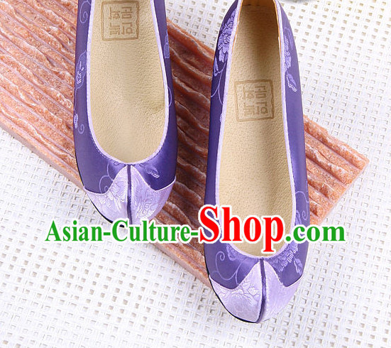 Traditional Korean Shoes online for Women