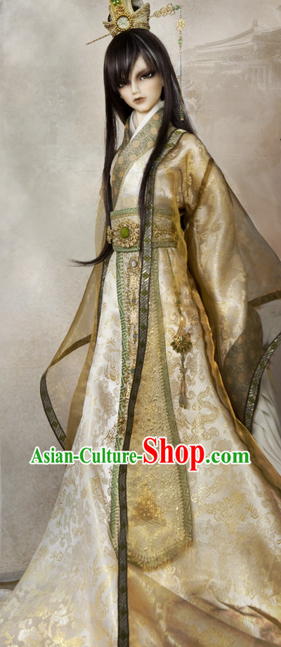 Asian Fashion Traditional Chinese Emperor Long Robe and Coronet for Men