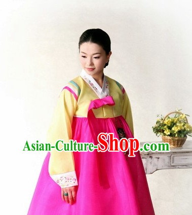 Traditional Korean Female Hanboks Outfit Complete Set