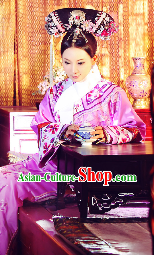 Chinese Imperial Manchu Embroidered Robe and Hair Accessories Complete Set