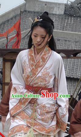 Chinese Ancient Folk Dress and Hair Accessory for Women